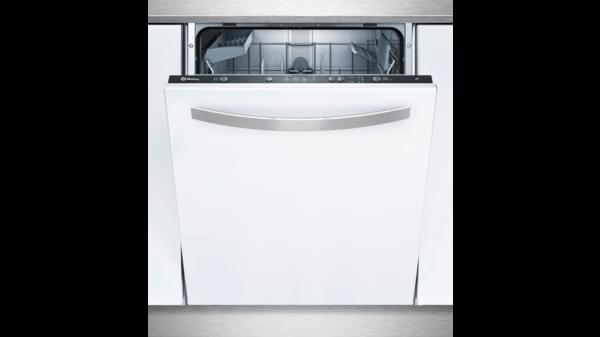 Lavavajillas integrado Balay instalado en las casas Atlantida Homes